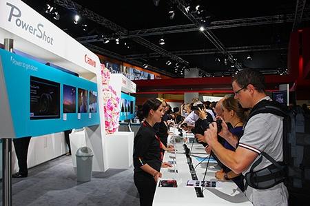 Photokina 2012: zájem o kompakty řady PowerShot