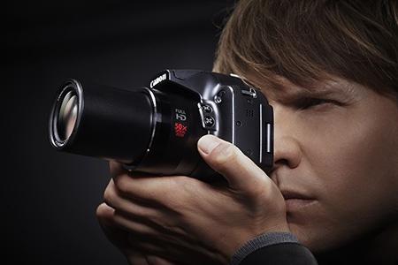 Canon PowerShot SX50 HS s 50násobným optickým zoomem