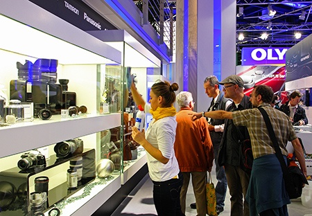 Photokina 2012: objektivy Olympus Digital i dalších značek
