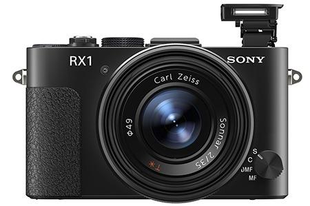 Sony Cyber-shot DSC-RX1 s vyklopeným bleskem