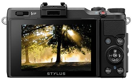 Olympus Stylus XZ-2 iHS - zadní stěna