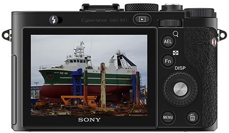 Sony Cyber-shot RX1 - zadní stěna