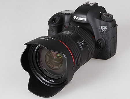 Canon EOS 6D a objektiv EF 24–70 mm 1:2,8L II USM