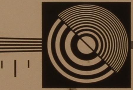 zkušební tabulka: 17 mm - clona 16