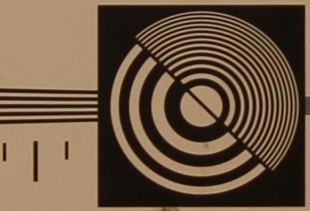 zkušební tabulka: 17 mm - clona 2,8