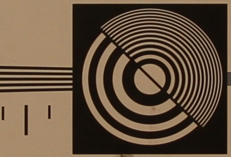 zkušební tabulka: 17 mm - clona 4,5
