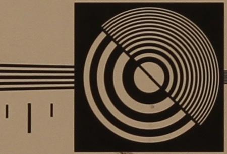 zkušební tabulka: 50 mm - clona 4,5