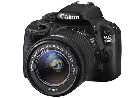 Canon EOS 100D - klasický 3/4 pohled