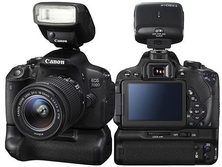 Canon EOS 700D - externí blesk a bateriový grip