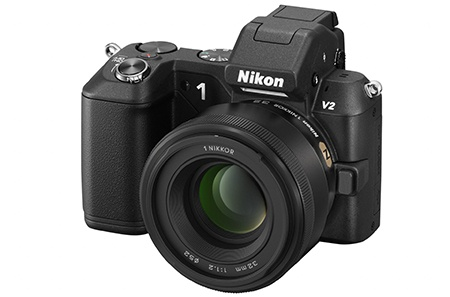 1 Nikkor 32 mm 1:1,2 + Nikon 1 V2