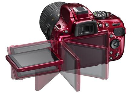 Nikon D5200 - flexibilní displej