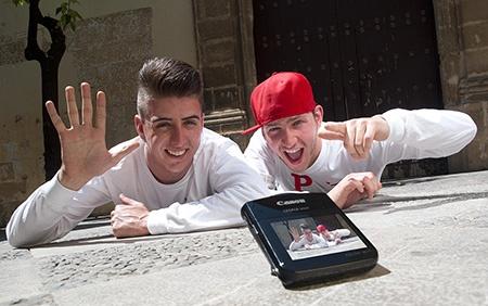 Canon LEGRIA mini – hravě kreativní digitální videokamery