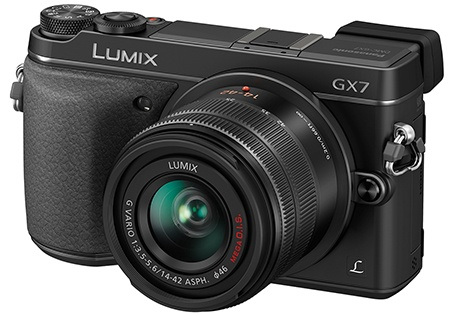Panasonic Lumix GX7 - klasický 3/4 pohled