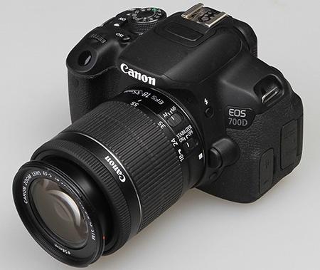 Canon EOS 700D v testu se zoomem EF-S 18-55 IS STM