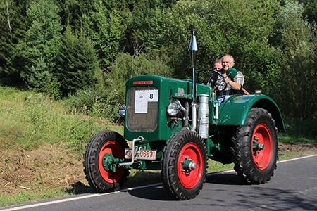 traktor IV