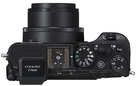 Nikon Coolpix P7800 shora