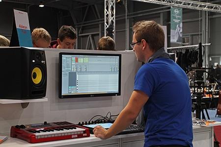 mladí zvukaři