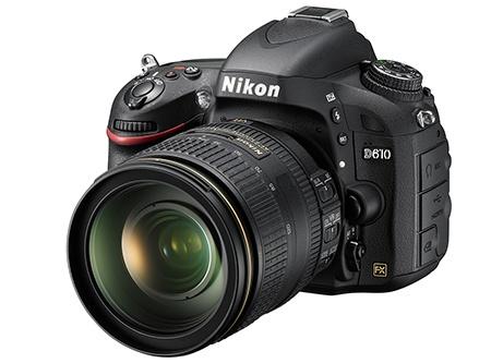 Nikon D610 - klasický 3/4 pohled