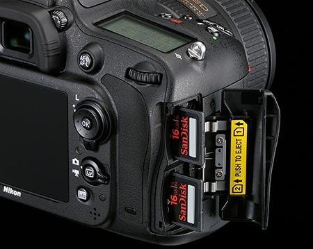 Nikon D610 - 2 sloty na karty