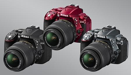 Nikon D5300 - tři barevné verze