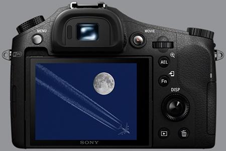 Sony Cyber-shot DSC-RX10 - zadní strana: LCD a EVF