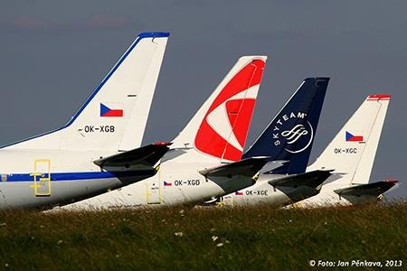 odstavené stroje Boeing 737, foto Jan Pěnkava