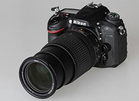 Nikon AF-S DX Nikkor 3,5–5,6/18–140G ED VR na DSLR Nikon D7100