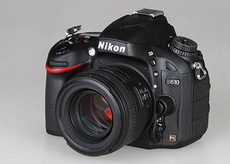 Nikon D610 a objektiv AF-S Nikkor 1,4/50G