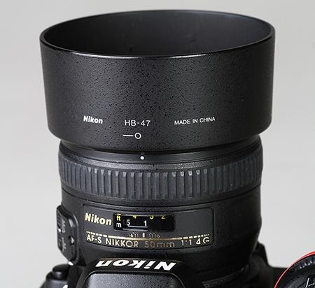 Nikon AF-S Nikkor 50 mm 1:1,4G - sluneční clona