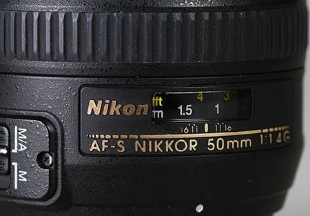 Nikon AF-S Nikkor 50 mm 1:1,4G - detail okénka